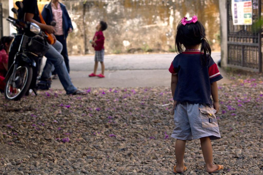 Girl, Waiting Chiang Mai, Thailand