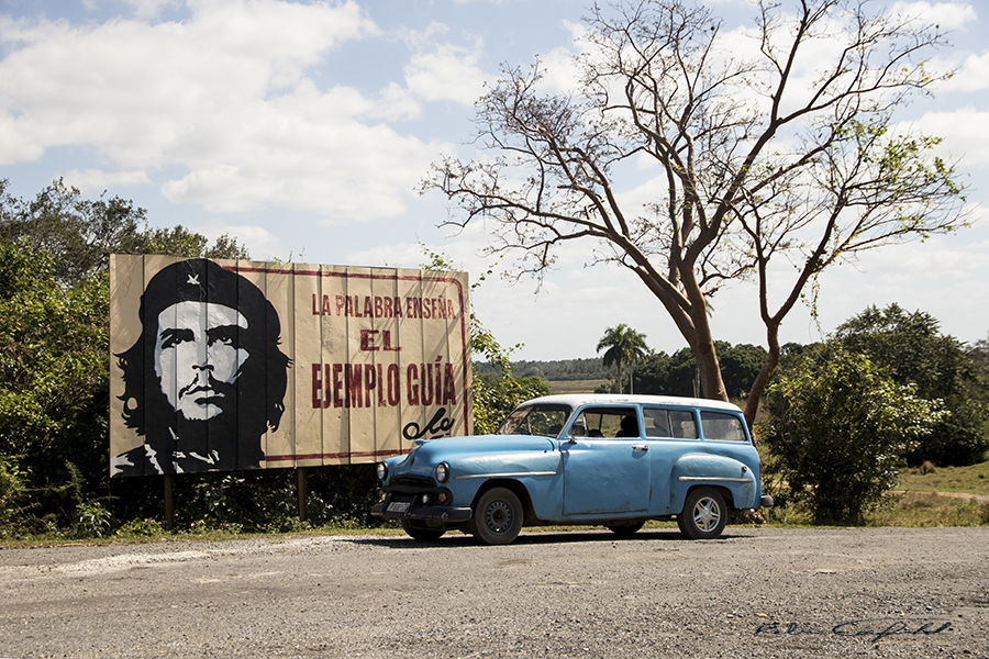 Along a rural highway between Habana and Viñales in Cuba.